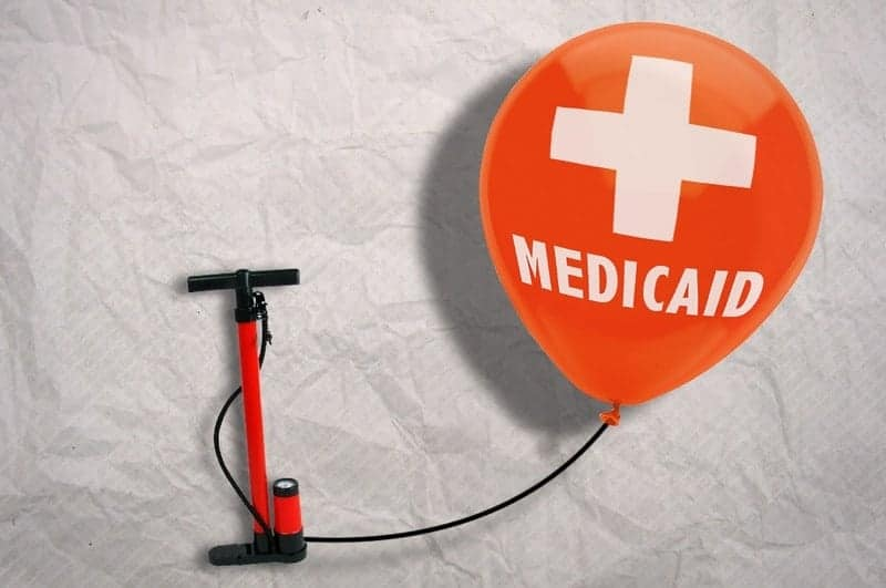 Costs and Benefits of Expanding Medicaid